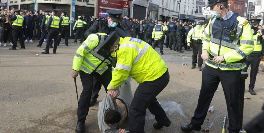 irsko protesty